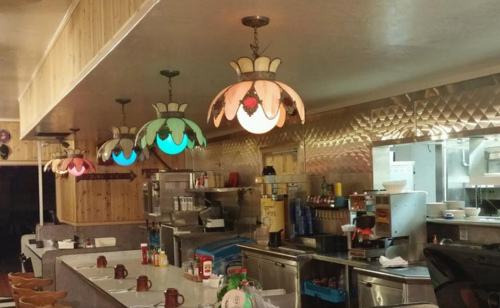 Poor George's Diner in Yreka, CA
